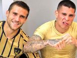 Iniestra e Iturbe bromean en redes sociales.