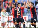 Vásquez en su debut con el Genoa